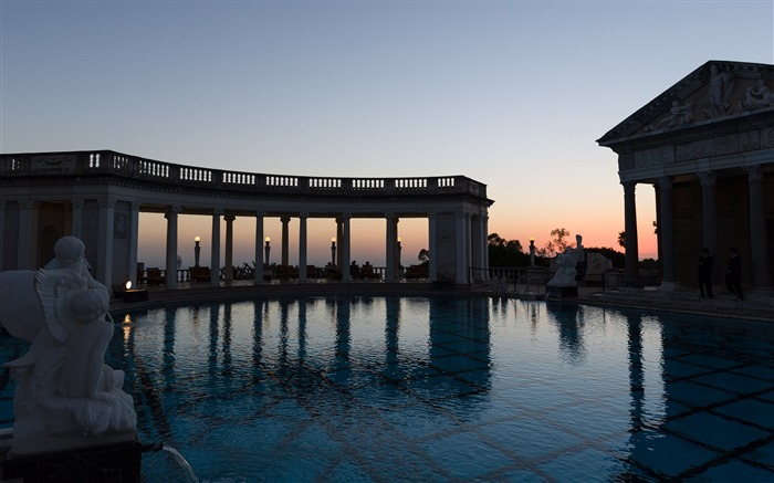 The neptune pool-Cities Photo HD Wallpaper Views:1205