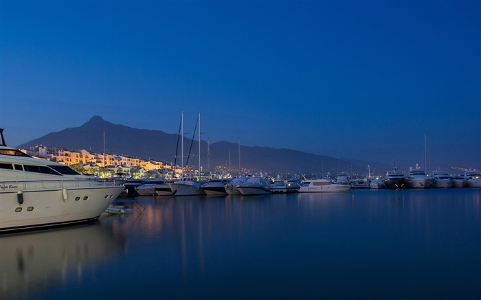 Yacht harbor-Cities Photo HD Wallpaper Views:1012