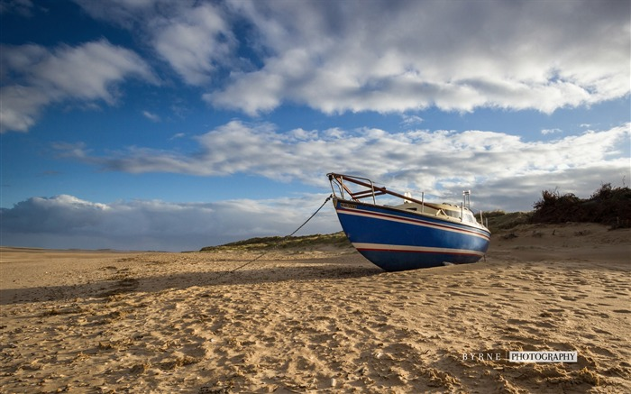 Boat brancaster beach-England travel scenery wallpaper Views:1511