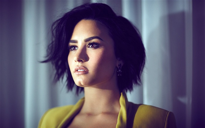 Demi Lovato-2016 Beauty HD Poster Wallpapers Views:1900