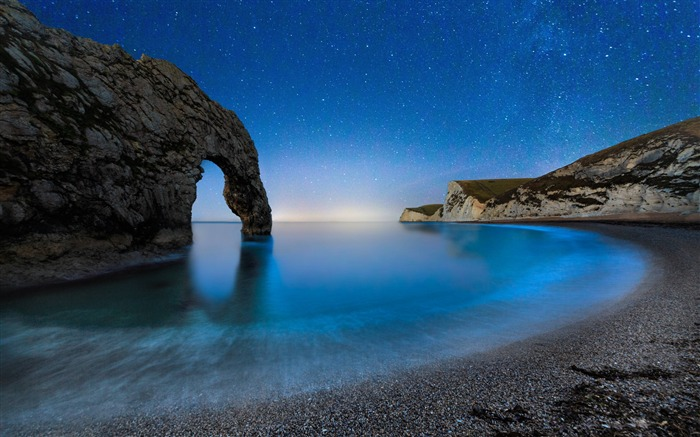 Durdle door beach night stars sky-Nature Scenery Wallpaper Views:1878