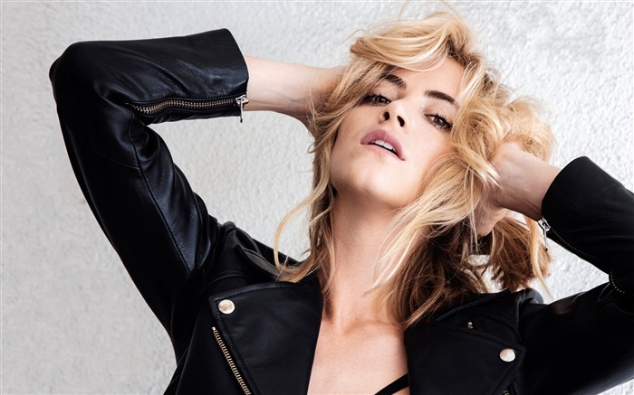 Emily Wickersham-2016 Beauty HD Poster Wallpapers Views:1576