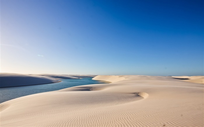Summer sand water sky-World Travel HD Wallpaper Views:1478