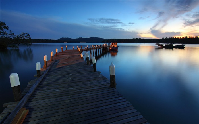 Boat calm waters dawn dock-High Quality Wallpaper Views:1038