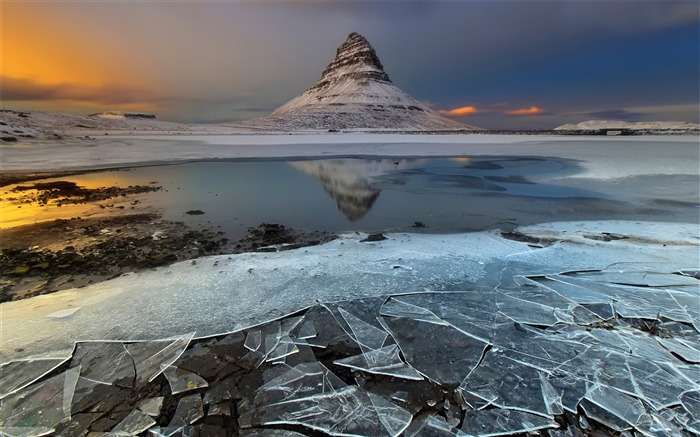 Iceland Travel Nature Landscape Photo Wallpaper 08 Views:1103