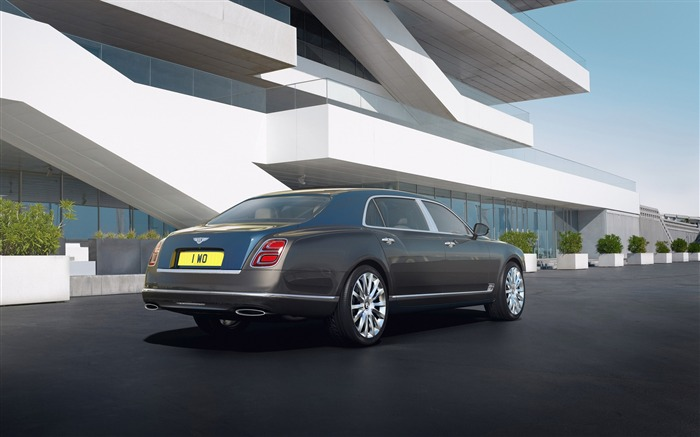 2017 Bentley Mulsanne Hallmark Wallpaper 03