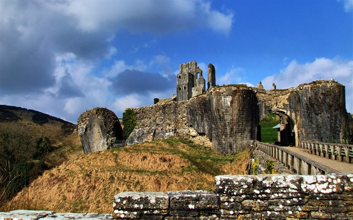 Corfe castle isle purbeck dorset uk-Country Nature Scenery Wallpaper