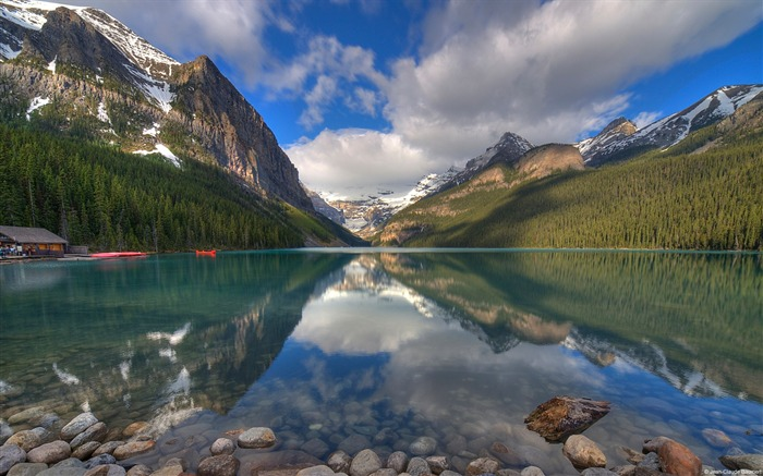 Morning lake banff alberta canada-Windows 10 Desktop Wallpaper