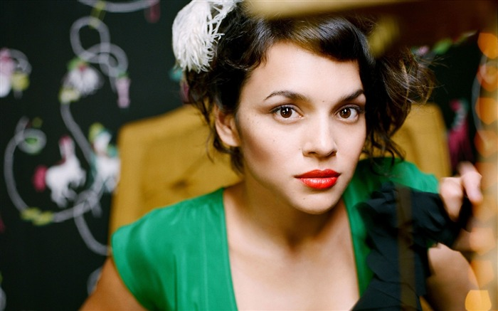 Norah Jones-2017 Beauty Girl Wallpapers Views:704