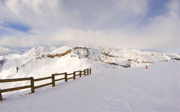Snow mountains summit winter-Scenery High Quality Wallpaper