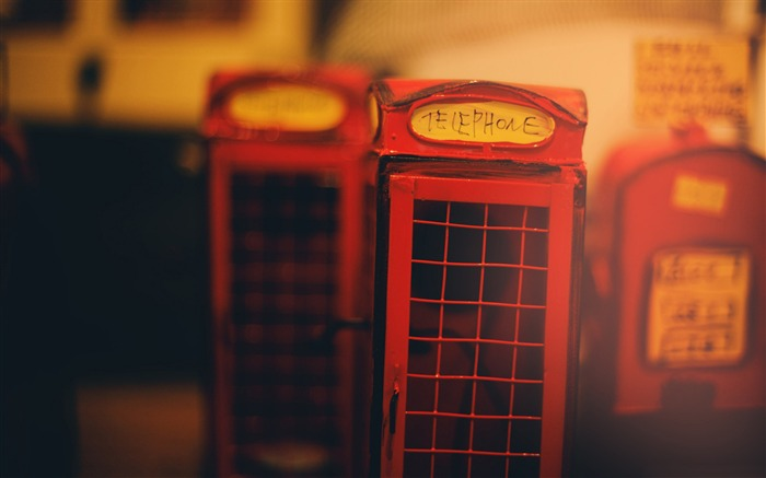 A little telephone booth in france-Vintage Themed Wallpaper Views:1286