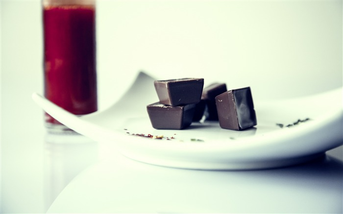 Candy chocolate plate-Food Theme HD Wallpaper Views:1144