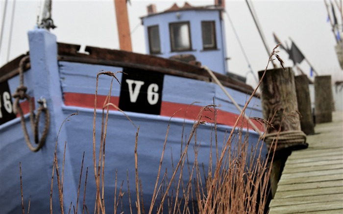 Old fishing boat in denmark-Vintage Themed Wallpaper Views:1050