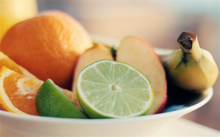 lime fruit slicing-Food Theme HD Wallpaper Views:709