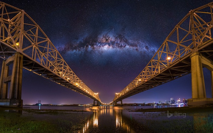 Louisiana The Crescent City Connection bridges in New Orleans-2017 Bing Desktop Wallpaper Views:812