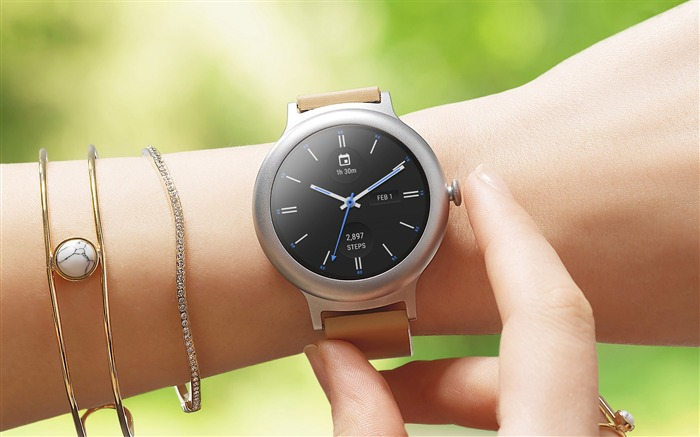 LG Smart watch Style-2017 High Quality Wallpaper Views:564