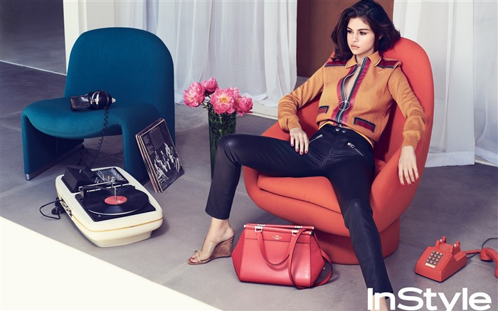Selena Gomez instyle-2017 Beauty Photo Wallpapers Views:461