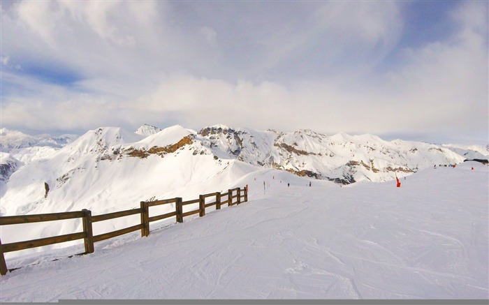 Snow mountains summit winter-Scenery HD Wallpaper Views:392