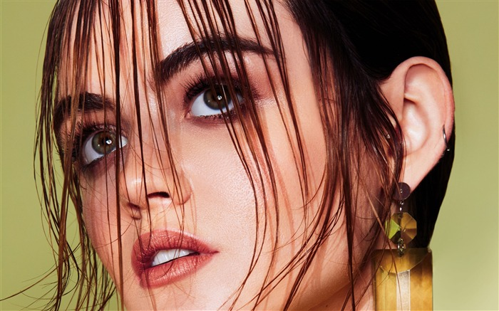 Lucy hale venice-2017 Beauty HD Wallpapers Views:403