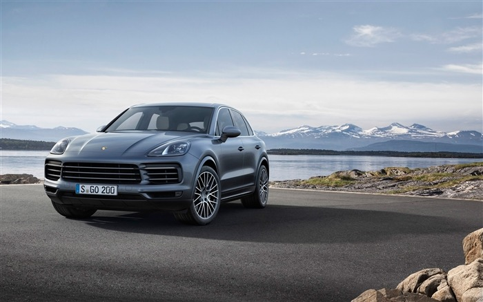 2018 Porsche Cayenne HD Wallpaper 11 Views:467