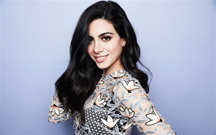 Emeraude Toubia 2017 Beauty Wallpaper Views:290