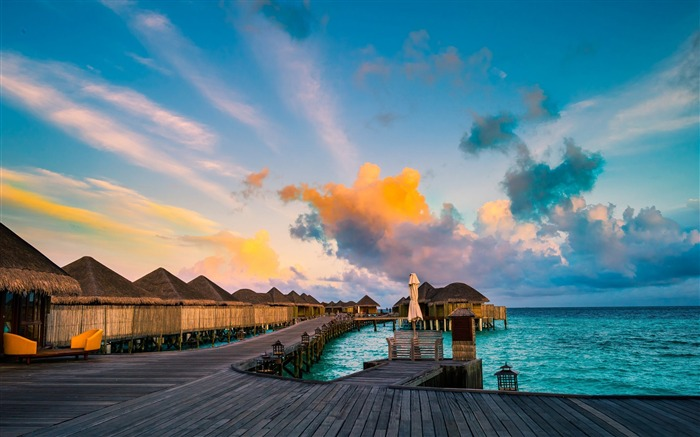 Maldives Luxury Resort Photo HD Wallpaper Views:1088