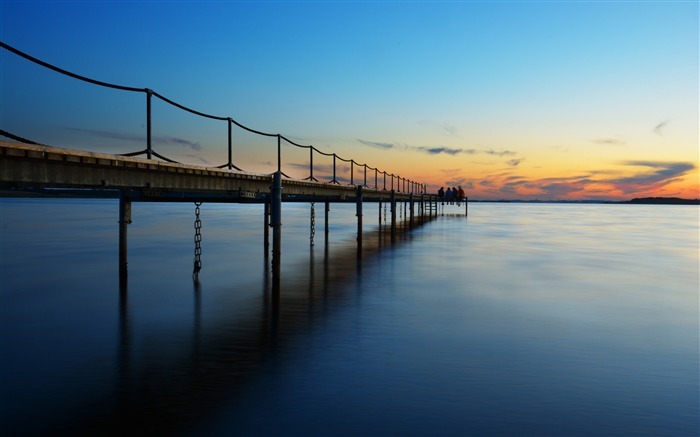 Summer coast sea sunset pier Views:1258