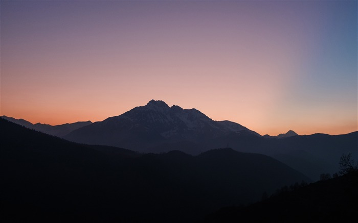 Hautes pyrenees Sunset Silhouette Views:1407