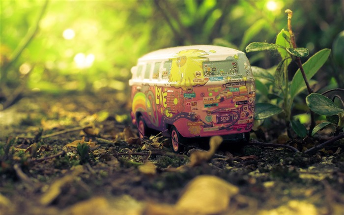 Nature forest plant sunshine car toy Views:443