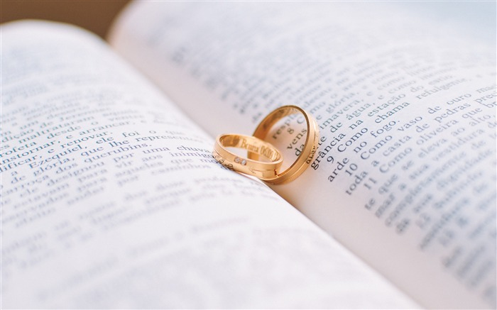 Love marriage couple ring book Views:83