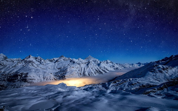 Starry Snow Mountain Cloud Photography Views:1175