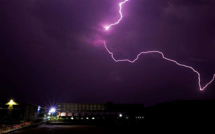 Summer purple night sky lightning light Views:335