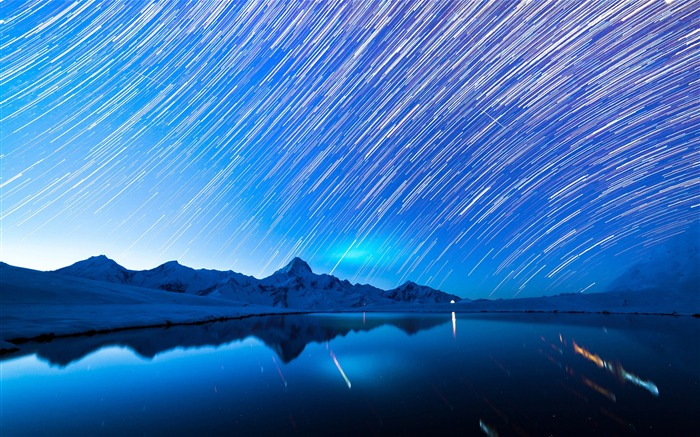 Star trails Lake Blue Night 2020 Nature Scenery Photography Views:4596 Date:8/1/2020 5:45:53 AM