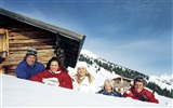 Title:Family in Apls Winter Lodge - Alpine Winter Vacation Views:6382