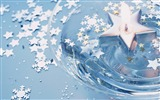 Title:floating on the waters Christmas candle wallpaper Views:29934