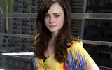 Title:Alexis Bledel Wallpaper 01 Views:9631