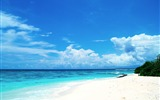 Title:Blue honeymoon paradise - Maldives Wallpaper Views:32022