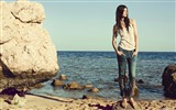 Title:Reserved 2011 Spring American brand jeans wallpaper Views:9346
