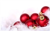 Title:Merry Christmas - Christmas tree decoration ball ornaments Wallpaper 03 Views:15507