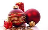 Title:Merry Christmas - Christmas tree decoration ball ornaments Wallpaper 04 Views:17957