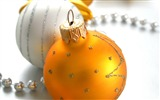 Title:Merry Christmas - Christmas tree decoration ball ornaments Wallpaper 10 Views:9629