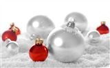 Title:Merry Christmas - Christmas tree decoration ball ornaments Wallpaper 14 Views:25092