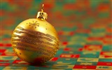 Title:Merry Christmas - Christmas tree decoration ball ornaments Wallpaper Views:9120