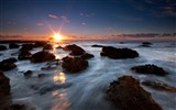 Title:New Zealand scenery - end of the world - Maori Bay sunset wallpaper Views:31375