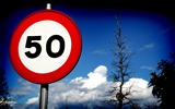 Title:speed limit signs-HDR Spanish urban landscape Views:6322