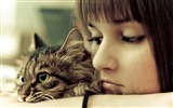 Title:Girl and cat-Cute little kitty cat living wallpaper Views:19561
