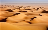 Title:desert sand dunes-Amazing desert scenery Desktop Wallpapers Views:8035