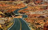 Title:long road-Amazing desert scenery Desktop Wallpapers Views:11880