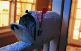 Title:snowy mailbox-winter theme desktop wallpaper Views:4865