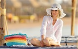 Title:girl on the beach-Sexy beauty HD photo wallpaper Views:9524